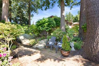 """Photo 40: 8 1725 SOUTHMERE Crescent in Surrey: Sunnyside Park Surrey Townhouse for sale in """"Englesea"""" (South Surrey White Rock)  : MLS®# R2604549"""