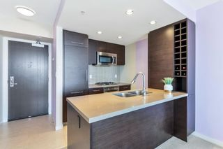 """Photo 7: 2805 833 HOMER Street in Vancouver: Downtown VW Condo for sale in """"Atelier"""" (Vancouver West)  : MLS®# R2597452"""