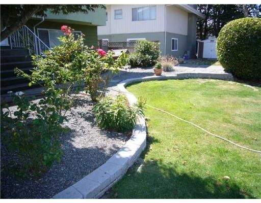 Photo 2: Photos: 8640 ROSEVALE RD in Richmond: House for sale : MLS®# V844145
