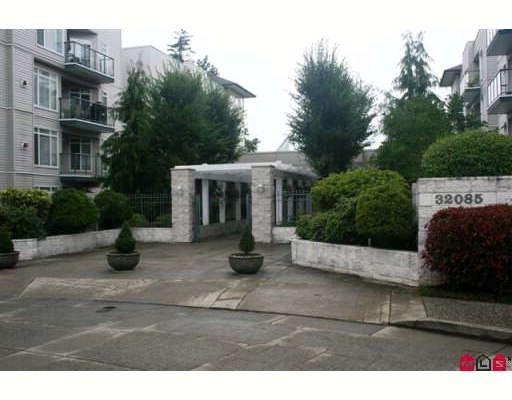"""Main Photo: 209 32075 GEORGE FERGUSON Way in Abbotsford: Abbotsford West Condo for sale in """"ARBOUR COURT"""" : MLS®# F2918344"""
