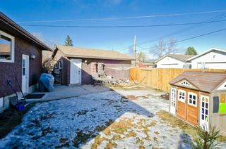 Photo 2: 6132 Penworth Road SE in Calgary: Penbrooke Meadows Detached for sale : MLS®# A1078757