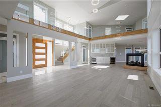 Photo 18: 2198 Navigators Rise in Langford: La Bear Mountain House for sale : MLS®# 832464