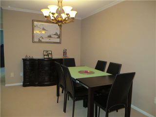 Photo 3: 106 7620 COLUMBIA Street in Vancouver: Marpole Condo for sale (Vancouver West)  : MLS®# V1122015