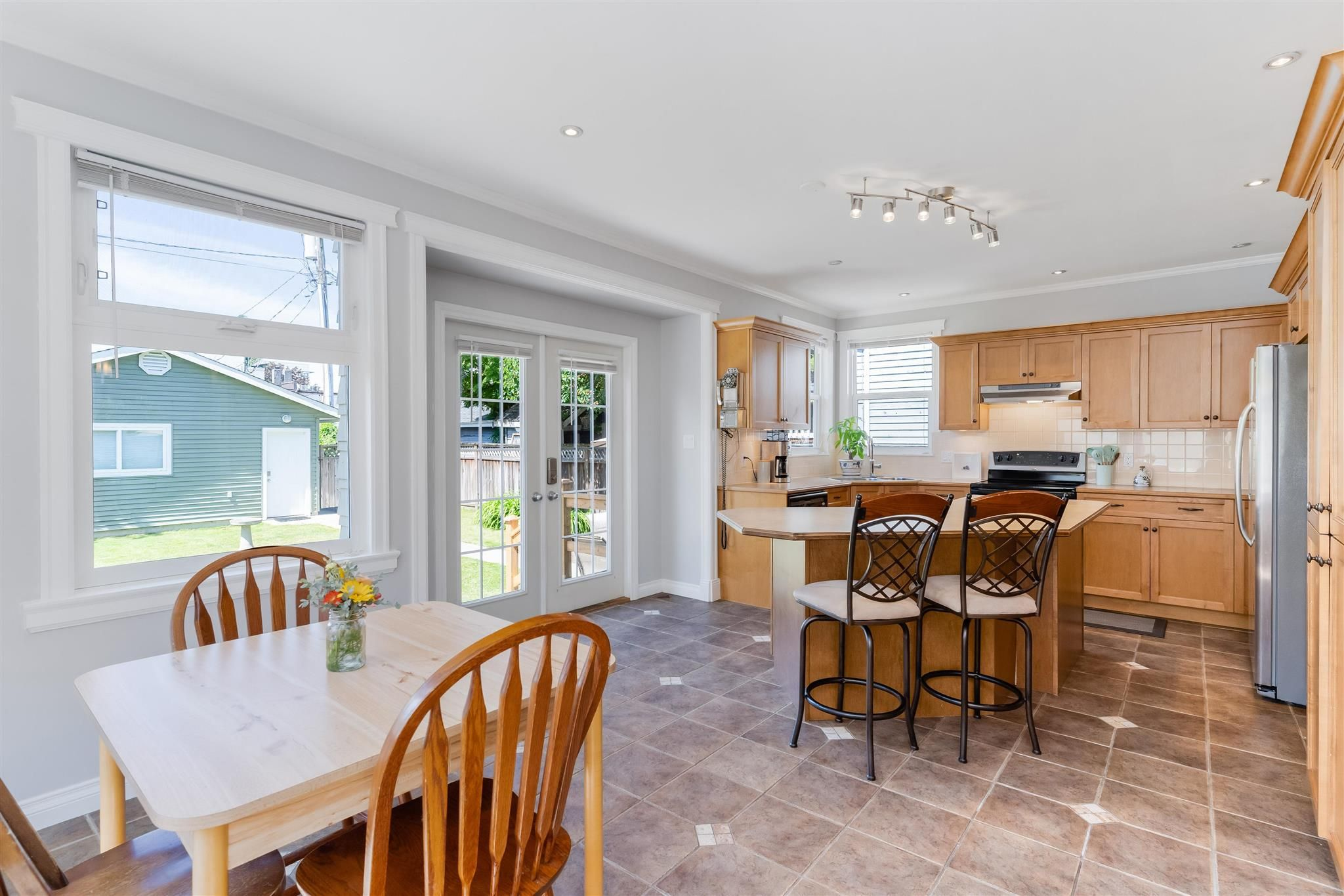 Photo 13: Photos: 412 FIFTH STREET in New Westminster: Queens Park House for sale : MLS®# R2594885
