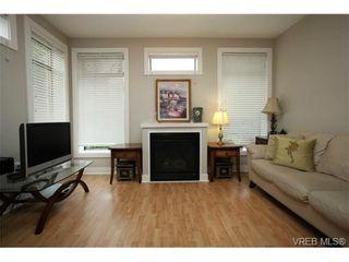 Photo 6: 103 3259 Alder St in VICTORIA: Vi Mayfair Condo for sale (Victoria)  : MLS®# 691053