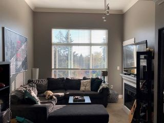 """Photo 2: 405 2515 PARK Drive in Abbotsford: Abbotsford East Condo for sale in """"VIVA ON PARK"""" : MLS®# R2463743"""