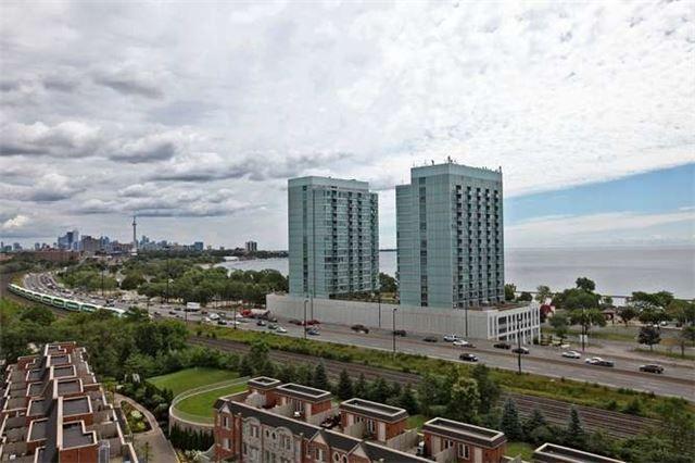 Photo 9: Photos: 1105 15 Windermere Avenue in Toronto: High Park-Swansea Condo for sale (Toronto W01)  : MLS®# W3280092