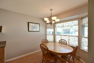 """Photo 3: 7 824 NORTH Road in Gibsons: Gibsons & Area Townhouse for sale in """"Twin Oaks"""" (Sunshine Coast)  : MLS®# R2607864"""