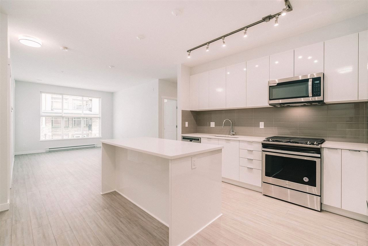 """Main Photo: A210 8150 207 Street in Langley: Willoughby Heights Condo for sale in """"Union Park"""" : MLS®# R2573400"""