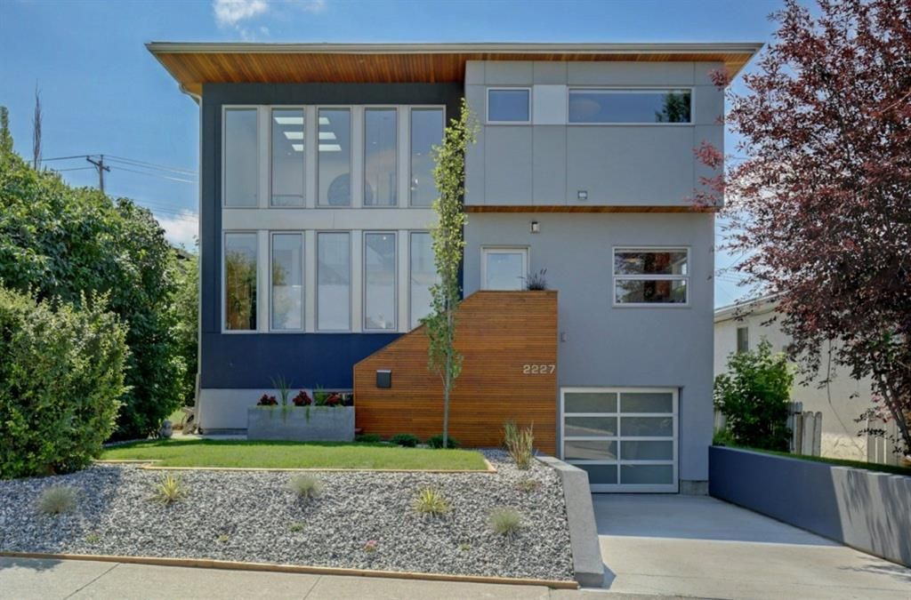 Main Photo: 2227 27 Avenue SW in Calgary: Richmond Detached for sale : MLS®# A1016365