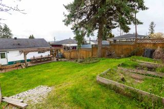 Photo 15: 451 WILSON Street in New Westminster: Sapperton House for sale : MLS®# R2454395
