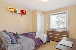 """Photo 18: 6351 167B Street in Surrey: Cloverdale BC House for sale in """"West Cloverdale"""" (Cloverdale)  : MLS®# R2475893"""