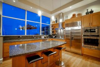 """Photo 7: PH1 2210 CHIPPENDALE Road in West Vancouver: Whitby Estates Condo for sale in """"The Boulders"""" : MLS®# R2581149"""