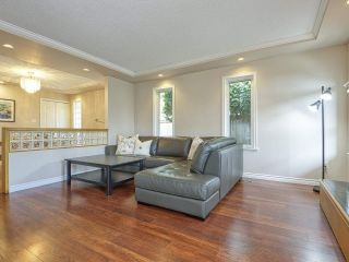 """Photo 6: 233 67 Street in Tsawwassen: Boundary Beach House for sale in """"Bounday Bay"""" : MLS®# R2455324"""