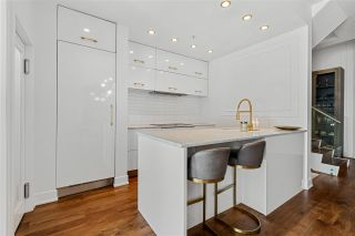 """Photo 16: 110 1228 MARINASIDE Crescent in Vancouver: Yaletown Townhouse for sale in """"Crestmark II"""" (Vancouver West)  : MLS®# R2564048"""