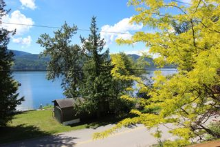 Photo 10: 7633 Squilax Anglemont Road: Anglemont House for sale (North Shuswap)  : MLS®# 10233439