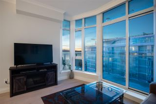 """Photo 10: 805 185 VICTORY SHIP Way in North Vancouver: Lower Lonsdale Condo for sale in """"CASCADE AT THE PIER"""" : MLS®# R2421041"""