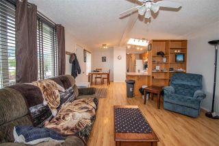 """Photo 4: 21 3278 3RD Avenue in Smithers: Smithers - Town Manufactured Home for sale in """"Park Place"""" (Smithers And Area (Zone 54))  : MLS®# R2388334"""