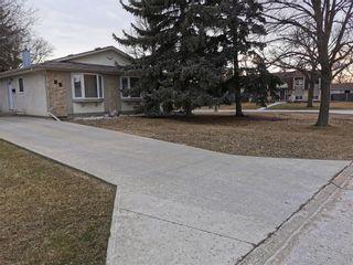 Photo 2: 94 Morningmead Walk in Winnipeg: North Kildonan Residential for sale (3G)  : MLS®# 202108515