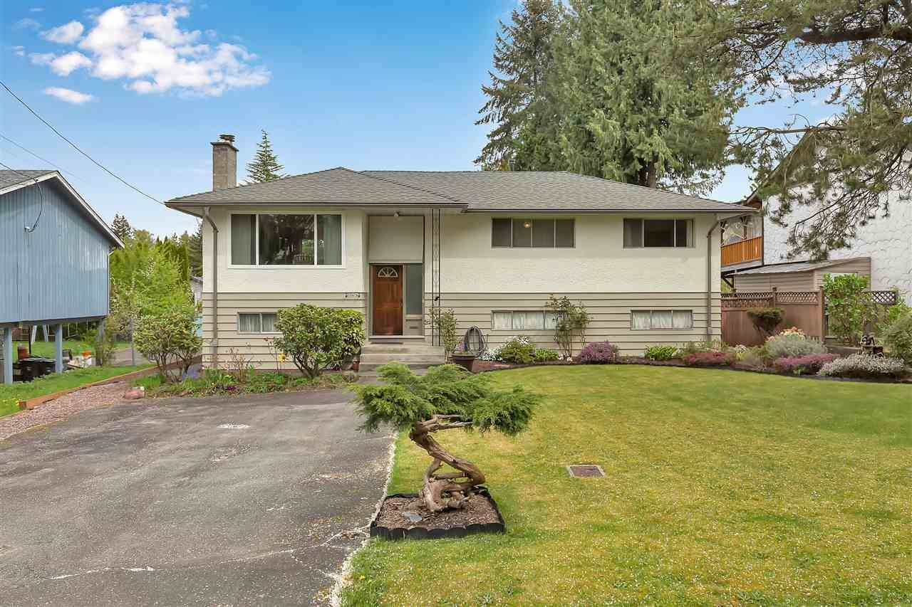 """Main Photo: 10476 155 Street in Surrey: Guildford House for sale in """"EAST GUILDFORD"""" (North Surrey)  : MLS®# R2573518"""