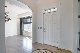Photo 14: 8128 9 Avenue SW in Calgary: West Springs Detached for sale : MLS®# A1097942
