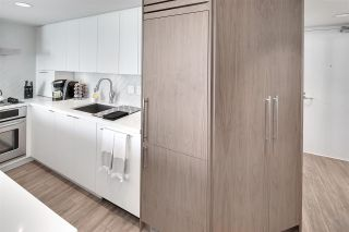 """Photo 5: 1602 1500 HOWE Street in Vancouver: Yaletown Condo for sale in """"THE DISCOVERY"""" (Vancouver West)  : MLS®# R2101112"""