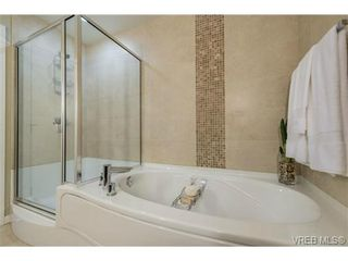 Photo 13: 901 373 Tyee Rd in VICTORIA: VW Victoria West Condo for sale (Victoria West)  : MLS®# 732320