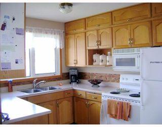 Photo 5:  in WINNIPEG: East Kildonan Residential for sale (North East Winnipeg)  : MLS®# 2908311