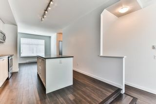"Photo 5: 87 8130 136A Street in Surrey: Bear Creek Green Timbers Townhouse for sale in ""KINGS LANDING"" : MLS®# R2181174"