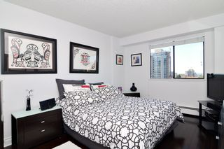 "Photo 8: 1004 47 AGNES Street in New Westminster: Downtown NW Condo for sale in ""FRASER HOUSE"" : MLS®# R2114537"