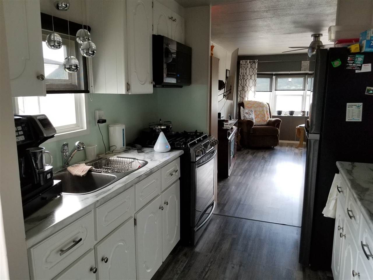 "Photo 7: Photos: 71 1700 S BROADWAY Avenue in Williams Lake: Williams Lake - City Manufactured Home for sale in ""NORTHSIDE VILLAGE"" (Williams Lake (Zone 27))  : MLS®# R2471520"