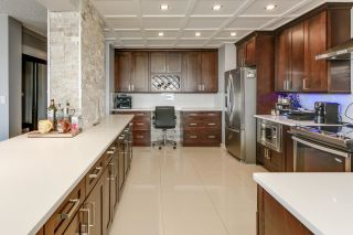 Photo 32: 1704 11710 100 Avenue in Edmonton: Zone 12 Condo for sale : MLS®# E4248208