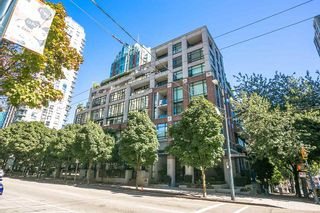 """Photo 1: 307 988 RICHARDS Street in Vancouver: Yaletown Condo for sale in """"TRIBECA"""" (Vancouver West)  : MLS®# R2202048"""