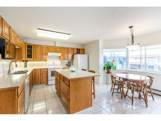 """Photo 13: 215 1442 FOSTER Street: White Rock Condo for sale in """"White Rock Square Tower 3"""" (South Surrey White Rock)  : MLS®# R2538444"""