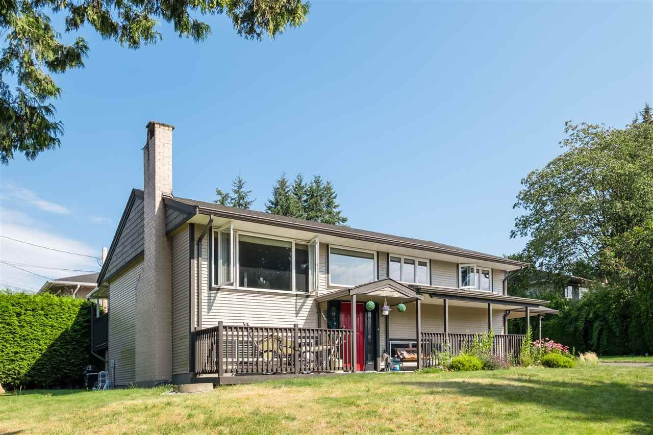 Main Photo: 9736 CROWN Crescent in Surrey: Royal Heights House for sale (North Surrey)  : MLS®# R2509471
