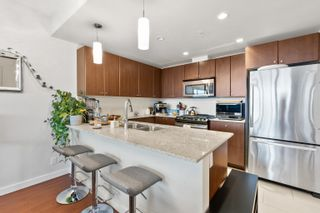 """Photo 7: 2209 280 ROSS Drive in New Westminster: Fraserview NW Condo for sale in """"Carlyle"""" : MLS®# R2617510"""