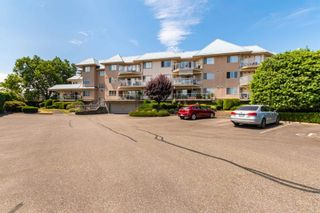 """Photo 26: 106 7685 AMBER Drive in Sardis: Sardis West Vedder Rd Condo for sale in """"The Sapphire"""" : MLS®# R2601700"""