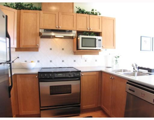 """Photo 5: Photos: 301 5605 HAMPTON Place in Vancouver: University VW Condo for sale in """"THE PEMBERLEY"""" (Vancouver West)  : MLS®# V657291"""