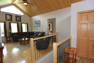 Photo 5: 3543 BANFF Avenue in Smithers: Smithers - Rural House for sale (Smithers And Area (Zone 54))  : MLS®# R2271804