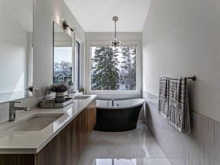 Photo 18: 513 28 Avenue NW in Calgary: Mount Pleasant Semi Detached for sale : MLS®# A1101548
