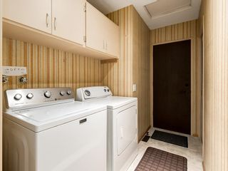 Photo 31: 587 WOODPARK Crescent SW in Calgary: Woodlands Detached for sale : MLS®# C4243103