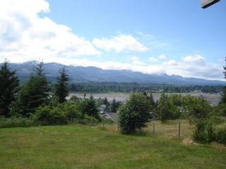 Photo 2: 7643 VICTOR LANE in FANNY BAY: Comox Valley Residential Detached for sale (Vancouver Island/Smaller Islands)  : MLS®# 237099