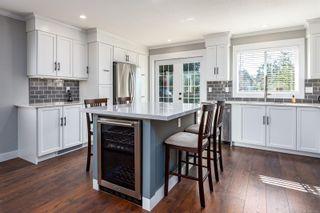 Photo 5: 514 Deerwood Pl in : CV Comox (Town of) House for sale (Comox Valley)  : MLS®# 872161