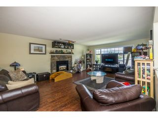 Photo 3: 46274 REECE Avenue in Chilliwack: Chilliwack N Yale-Well House for sale : MLS®# R2084832