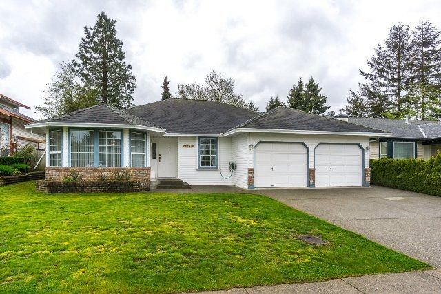 """Main Photo: 32302 SLOCAN Drive in Abbotsford: Abbotsford West House for sale in """"Fairfield"""" : MLS®# R2161769"""