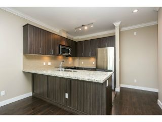 """Photo 2: 313 6888 ROYAL OAK Avenue in Burnaby: Metrotown Condo for sale in """"KABANA"""" (Burnaby South)  : MLS®# V1028081"""