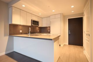 """Photo 2: 805 3093 WINDSOR Gate in Coquitlam: New Horizons Condo for sale in """"THE WINDSOR BY POLYGON"""" : MLS®# R2117559"""