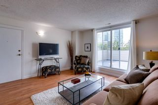 Photo 2: 403 1540 29 Street NW in Calgary: St Andrews Heights Row/Townhouse for sale : MLS®# A1135338