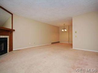 Photo 17: 104 1234 Fort St in VICTORIA: Vi Downtown Condo for sale (Victoria)  : MLS®# 550967