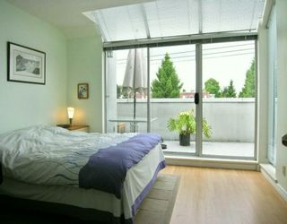 Photo 5: 1610 MAPLE ST in Vancouver: Kitsilano Townhouse for sale (Vancouver West)  : MLS®# V594740